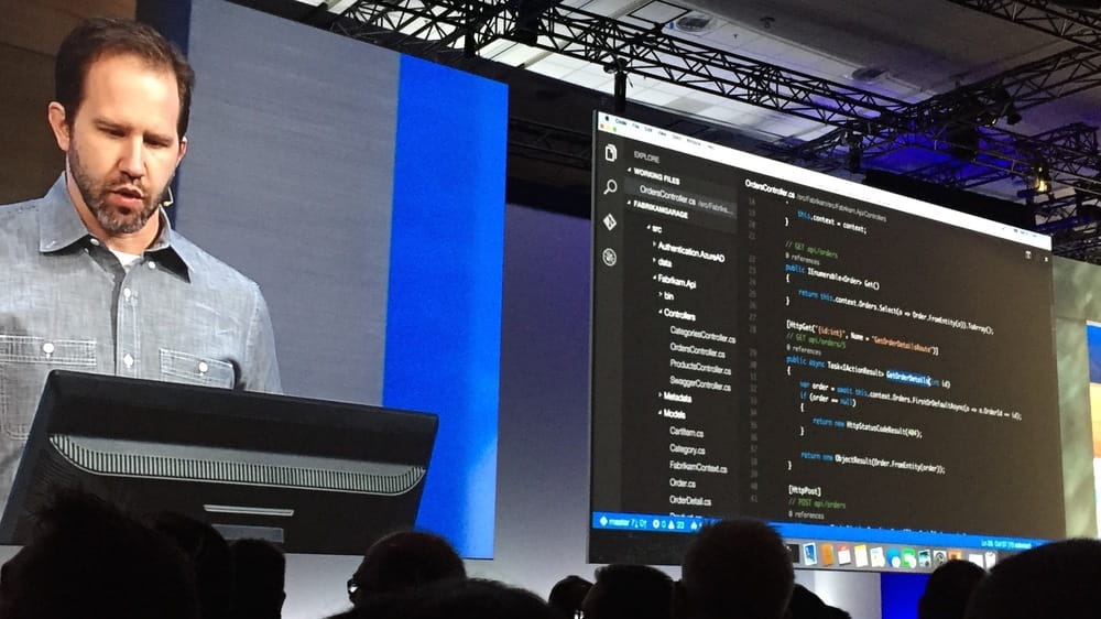 OS X in a Microsoft keynote. The tables have truly turned.